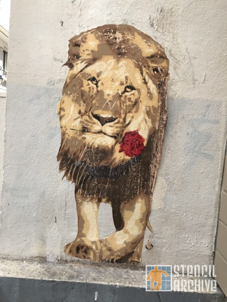 FR Paris Butte aux Cailles lion and rose paste up