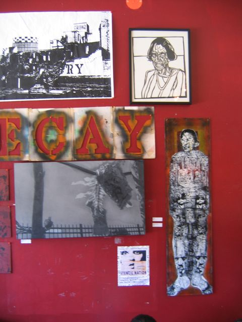 StencilNation_RevCafe_DecayWall02