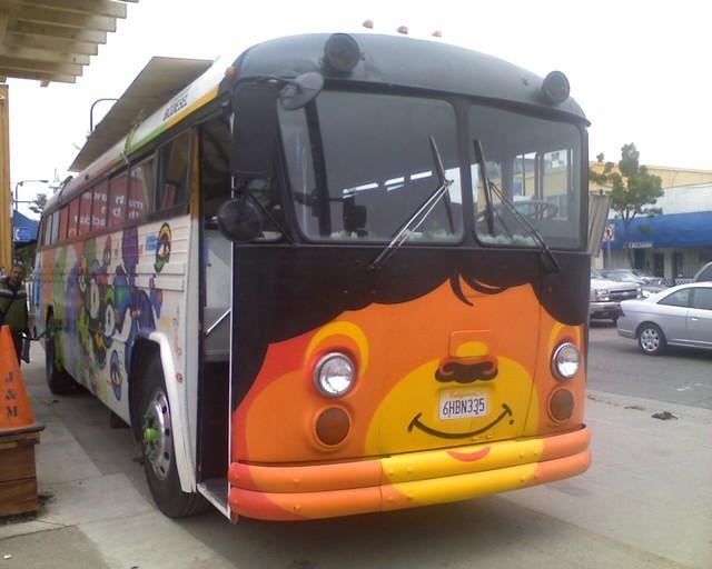 Chase Bus Art_07