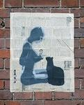 LizArt Hamburg-Berlin catwoman feeding cat
